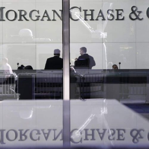 JPMorgan Chase's record highlights doubts about big banks