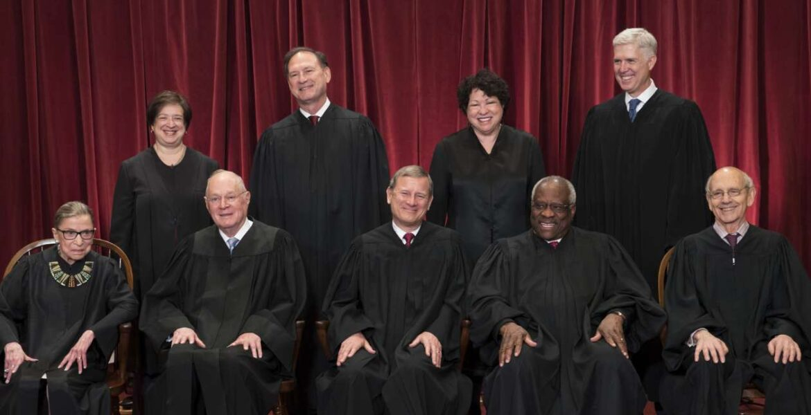 Supreme Court a millionaire's club – Center for Public Integrity