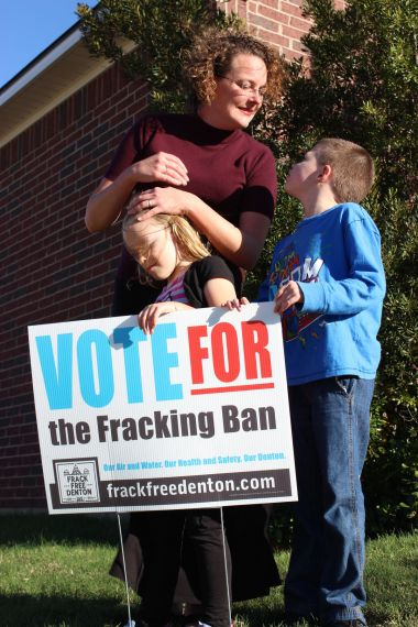 Health worries pervade North Texas fracking zone – Center