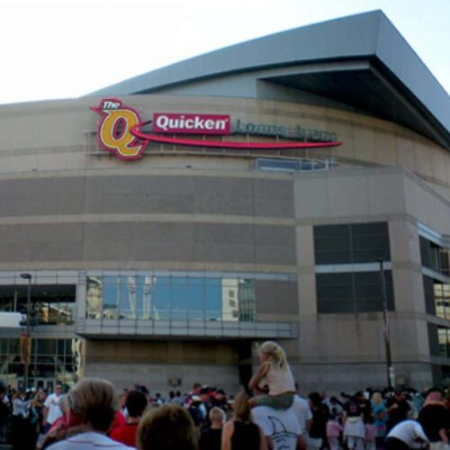Claims of high-pressure sales, fraud at odds with Quicken Loans